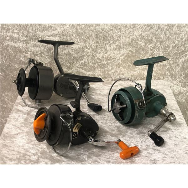 3 Vintage assorted spinning reels