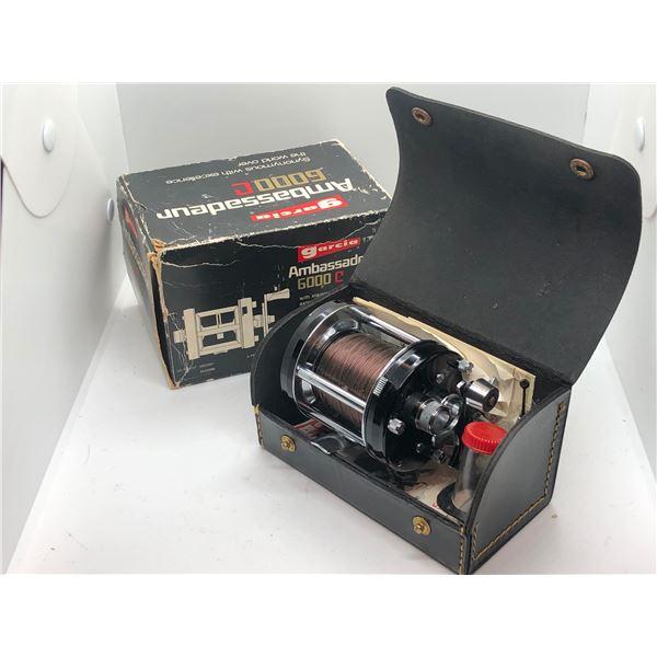 Abu Sweden ambassadeur 6000c level wind reel w/ original case and box