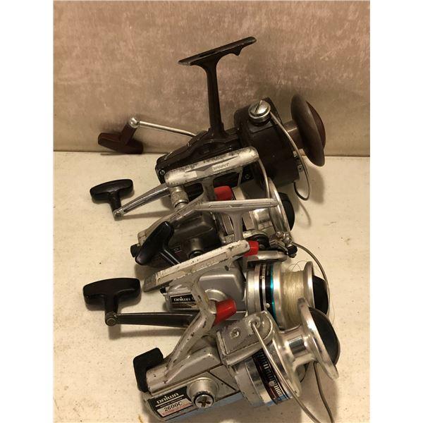 4 Vintage Daiwa spinning reels