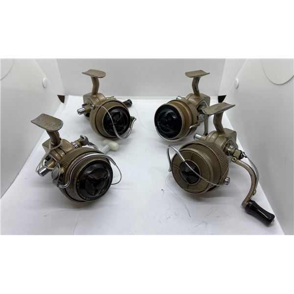 4 J.W. Young (ambidex antique spinning reels)