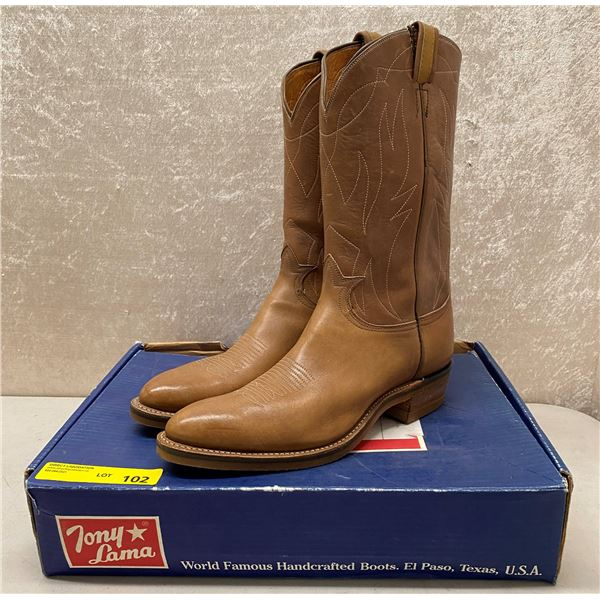 Pair of Tony Lama 10 rubber sole cowboy boots - size 10 (NOS)