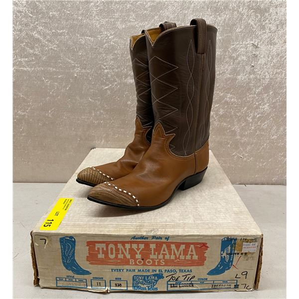 Pair of Tony Lama tan lancer/tree bark cowboy boots size 7 (NOS)