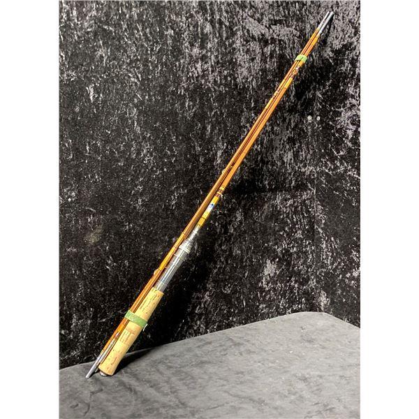 Chinook No. 300 vintage split cane 5 pc. fishing w/ 3 tips