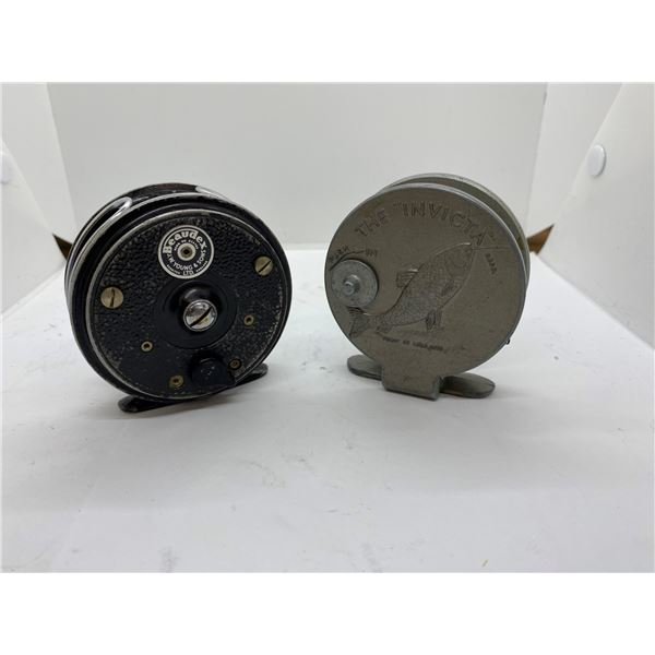 2 small vintage fly reels (invicta) made in England & JW Young and sons bodex