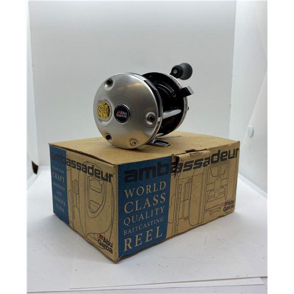 ABU Garcia ambassadeur model 6500-C3 silver level-wind reel w/ box