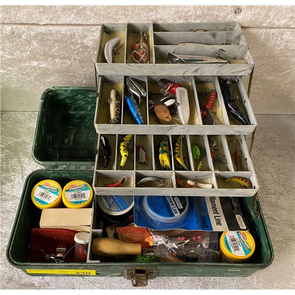 Vintage 1950s/1960s green tackle box & contents (mostly fresh water tackle)