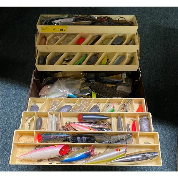Old Pal/Woodstream tackle box & contents (mostly ocean tackle)
