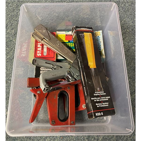 Box of five construction staplers & assorted staples