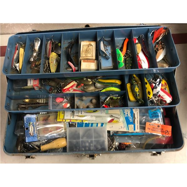 Vintage Union tackle box & contents (mostly fresh water tackle)