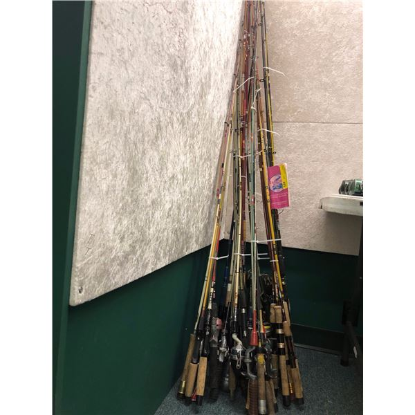 Large group of approx. 30 fishing rods w/ approx 8 fishing reels