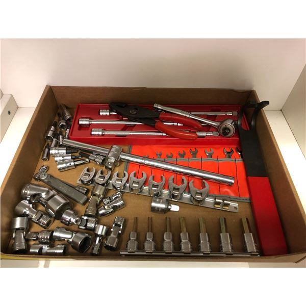 Approx. 50 pcs Snap-on assorted combination wrenches/ sockets etc. (mostly imperial)