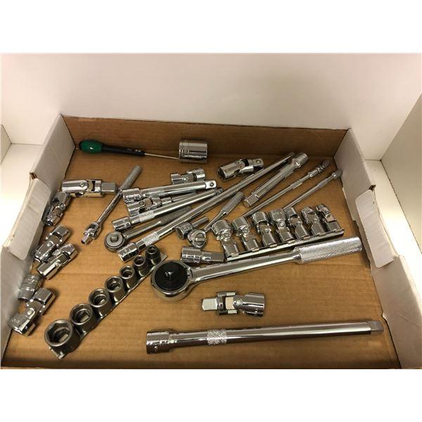 Approx. 40 pcs. S&K sockets & ratchets
