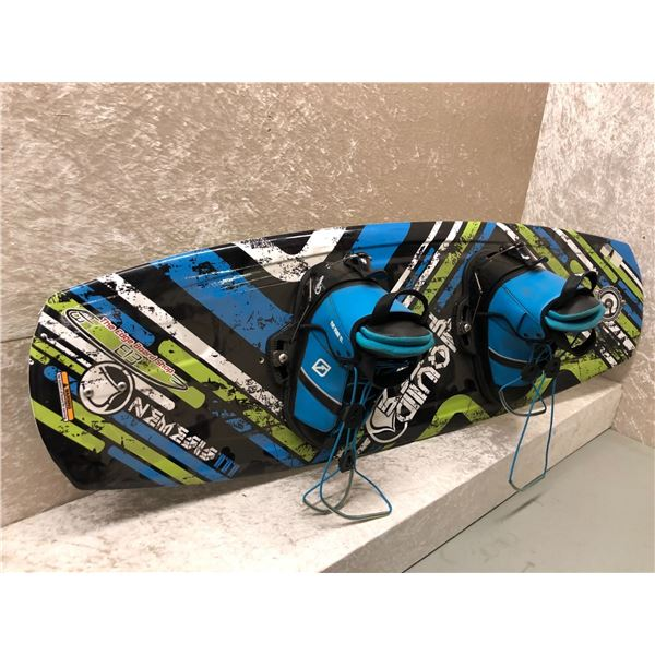 Liquid Force Nemesis 111 Grind Series wakeboard w/ boots