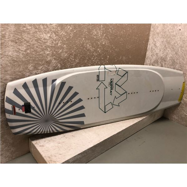 Hyperlite Murray 140 wakeboard