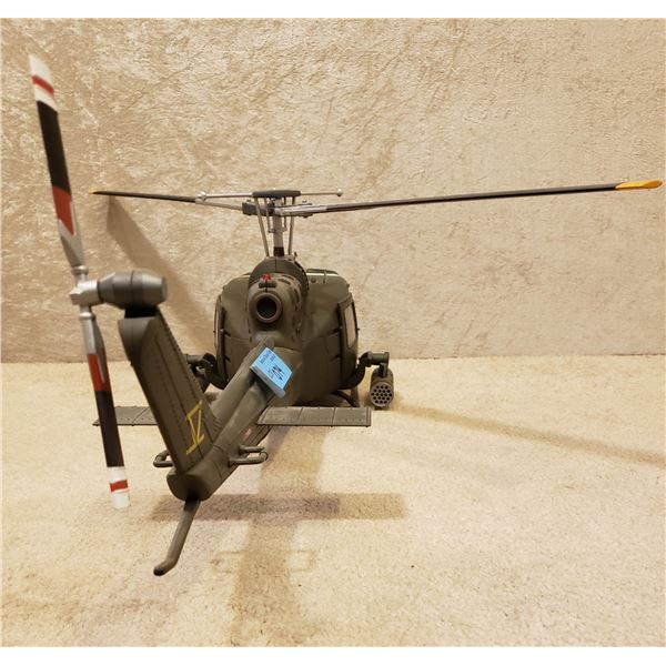 Saigon Model Helicopter, excellent condition, Heuy gunship