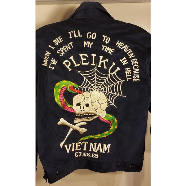 Saigon All hand embroidered Saigon on velveteen (Size 38)