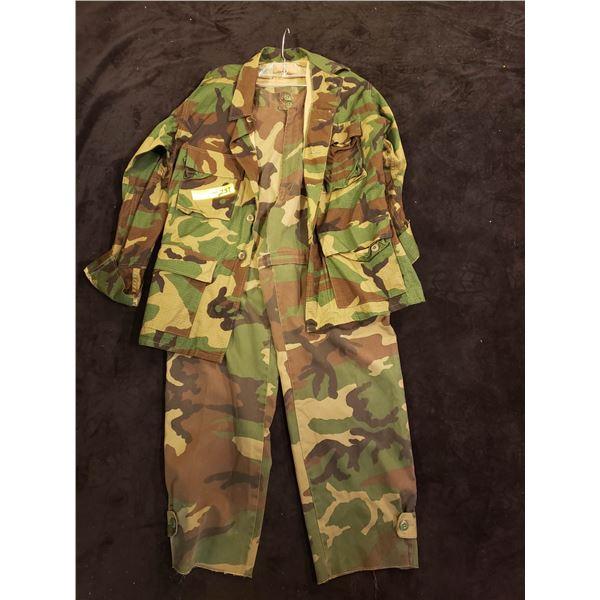 1980's US Woodland pattern combat woodland outfit jacket