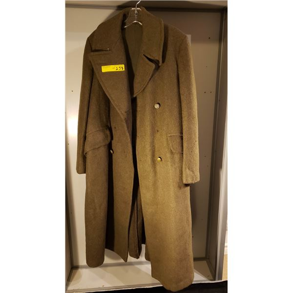 WWII Canadian overcoat (missing buttons)