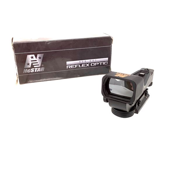 NcStar Red Dot Reflex Sight with Dove Tail Mount, New