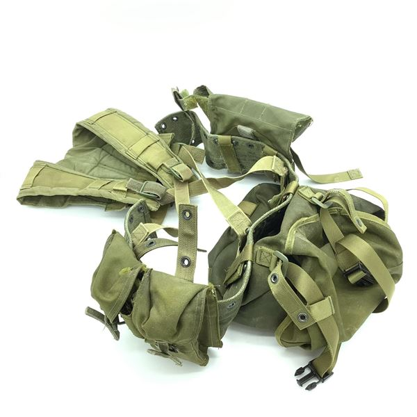 1982 Pattern Webbing with Accessories