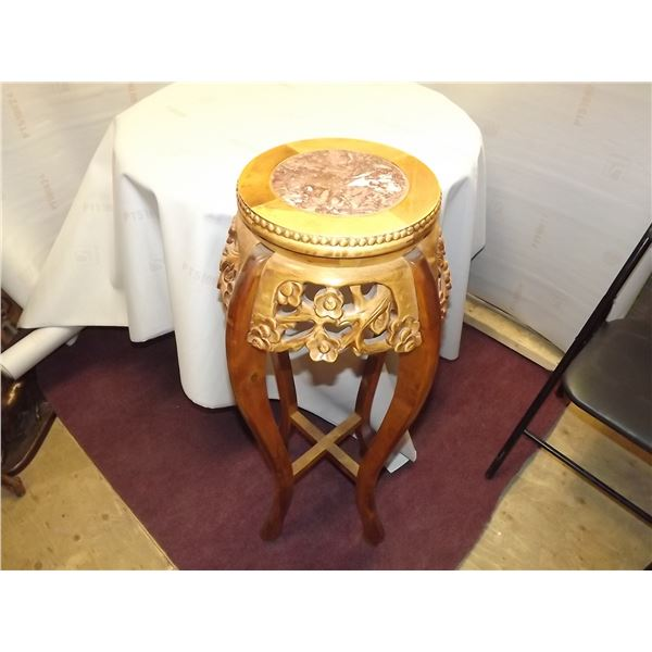 ANTIQUE VICTORIAN STYLE HAND CARVED PLANT STAND