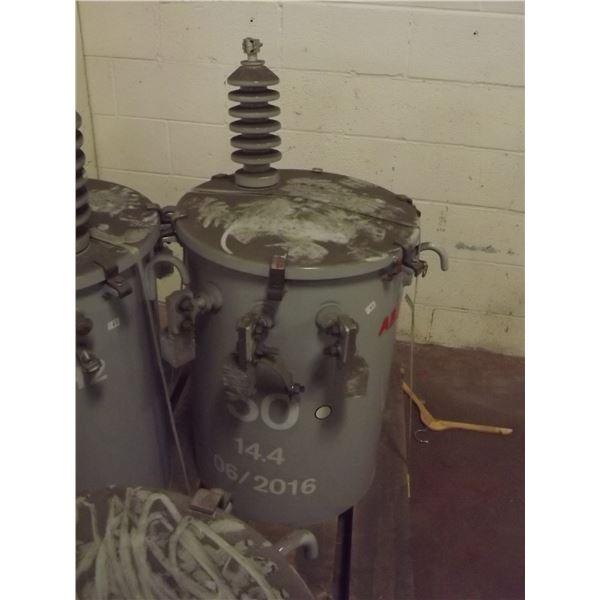 BRAND NEW ABB POWER POLE TRANSFORMER; 50 14.4 06/ 2016 -6013252 H2
