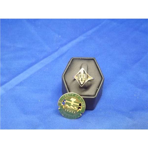 10KT YELLOW GOLD U OF A RING & BROOCH SET- ARV $2100.00;