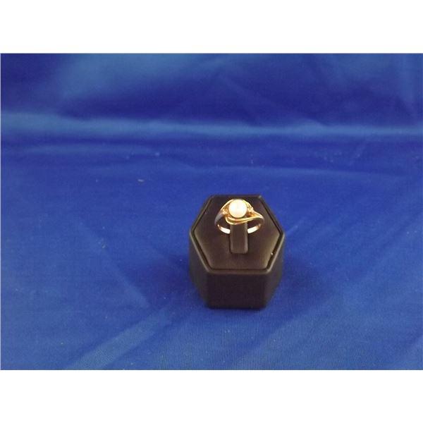 10KT YELLOWGOLD LADIES DIAMOND & PEARL RING- ARV $675.00;