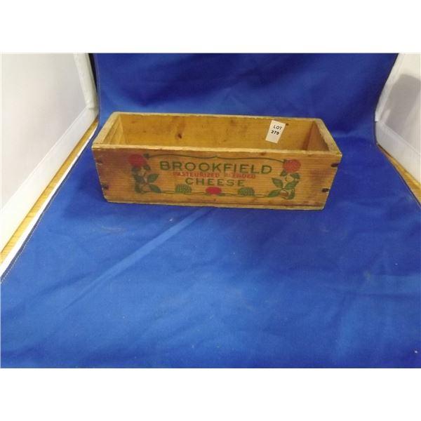 WOODEN BROOKFIELD CHEESE BOX, VINTAGE