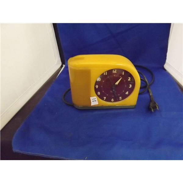 MOONBEAM BAKELITE CLOCK