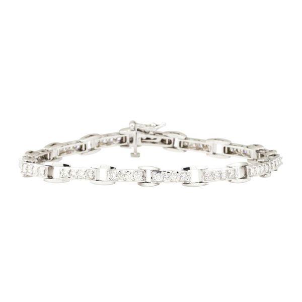 2.20 ctw Round Brilliant Cut Diamond Tennis Bracelet - 14KT White Gold