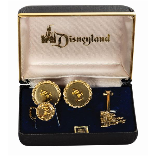 Robert Hanna Disneyland Men's Accessory Set.