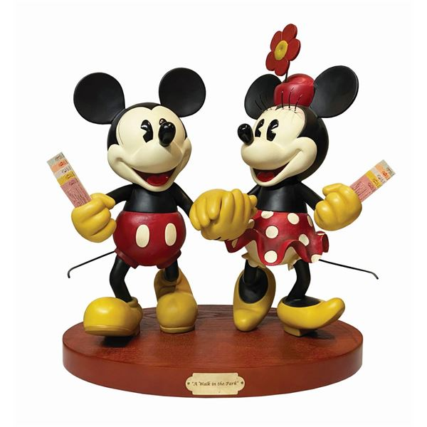 A Walk in the Park Mickey & Minnie Mouse Big Fig.