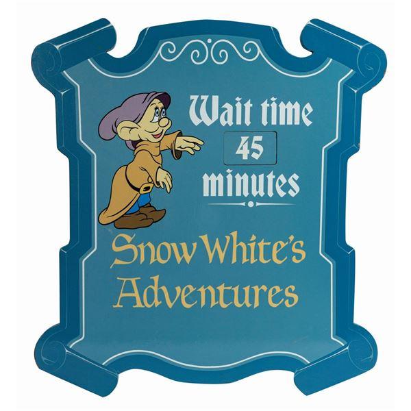 Snow White's Adventures Wait Time Park Sign.