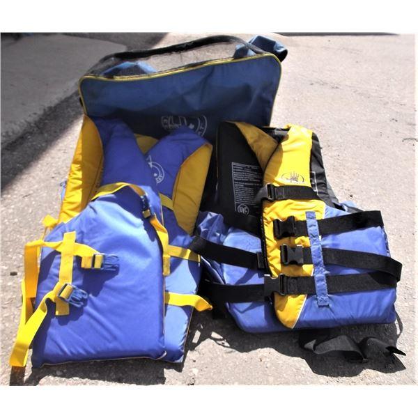 Bag of Lifejackets (2 XXL, 2 Universal)