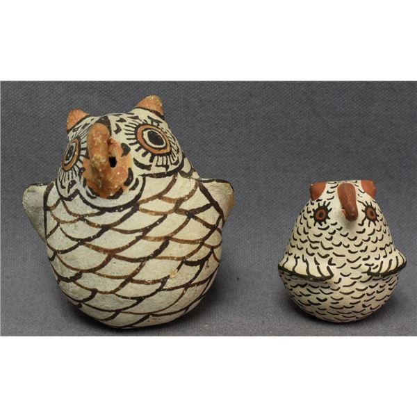 ZUNI INDIAN POTTERY OWLS (JENNIE LAATE)