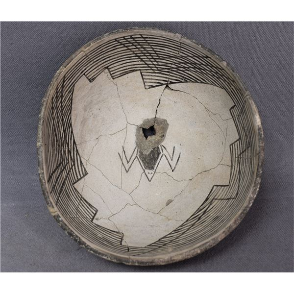 MIMBRES POTTERY PICTURE BOWL