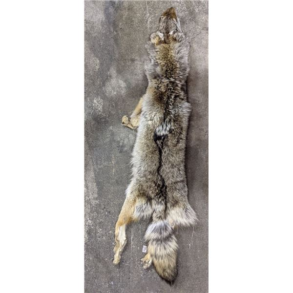 Fox fur hide