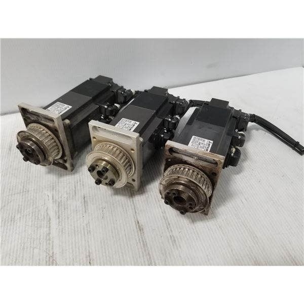(3) Mitsubishi HF-KP43B AC Servo Motor