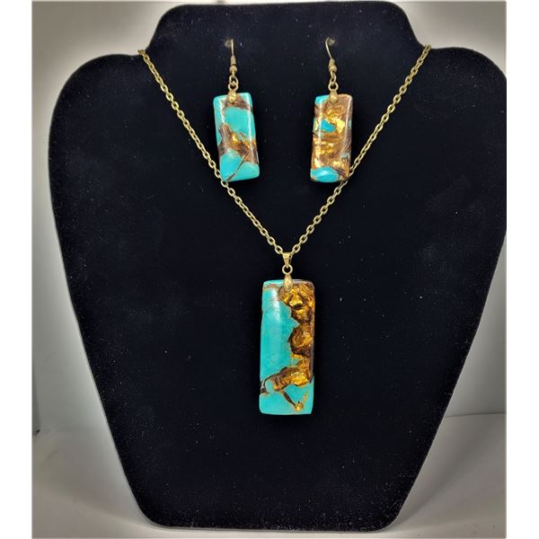"""34)  TURQUOISE AND COPPR/GOLD BORNITE RECTANGULAR PENDANT ON 18"""" CHAIN AND COORDINATING DROP EARRING"""