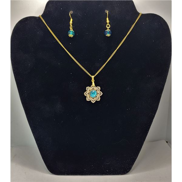 """33)  GOLD TONE WITH TURQUOISE RHINESTONE OPEN FILAGREE FLOWER PENDANT ON 18"""" CHAIN AND COORDINATING"""