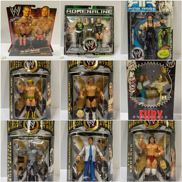 FEATURED WWE COLLECTIBLES