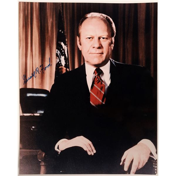 President Gerald Ford Signed Photograph   [132849]