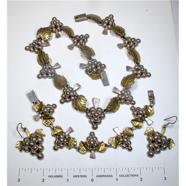 Vintage Taxco Mexican Silver Jewelry  [124859]