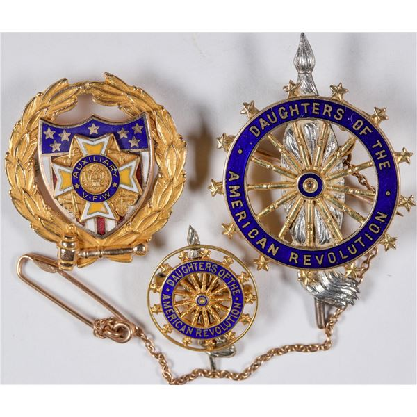 VFW & Daughters of the American Revolution Gold Lapel Pins  [132112]
