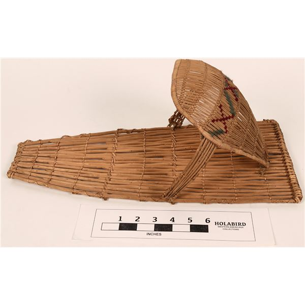 Washoe Baby Basket For a Doll  [124489]