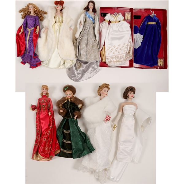 Dolls (2 Barbies, &  5 Dolls on Stands & Wardrobe))  [135308]