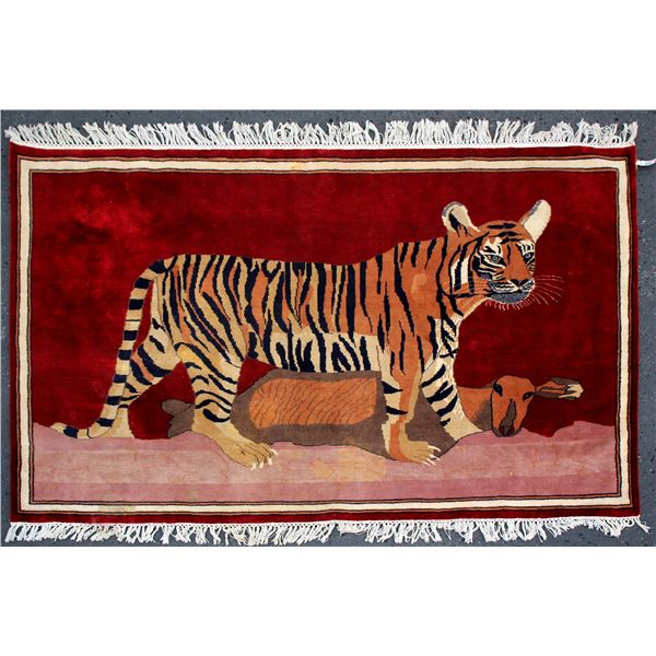 Wall Hanging, Tiger with Goat  [102101]