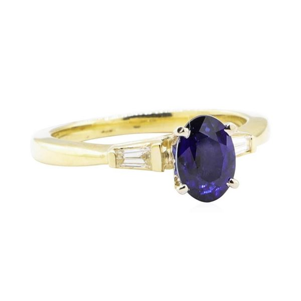 1.22 ctw Sapphire and Diamond Ring - 14KT Yellow Gold
