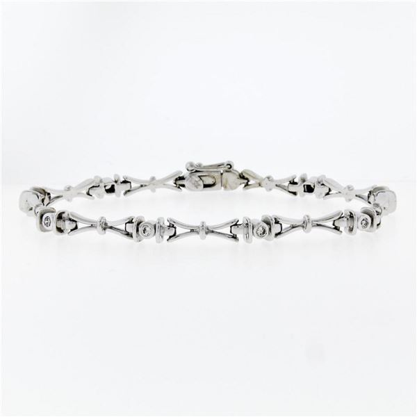 "14K White Gold 7"" .33 ctw Bezel Set Diamond & Figure ""X"" Link Tennis Bracelet"